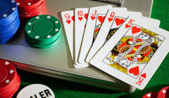 laptop_poker_chips_photo_feature